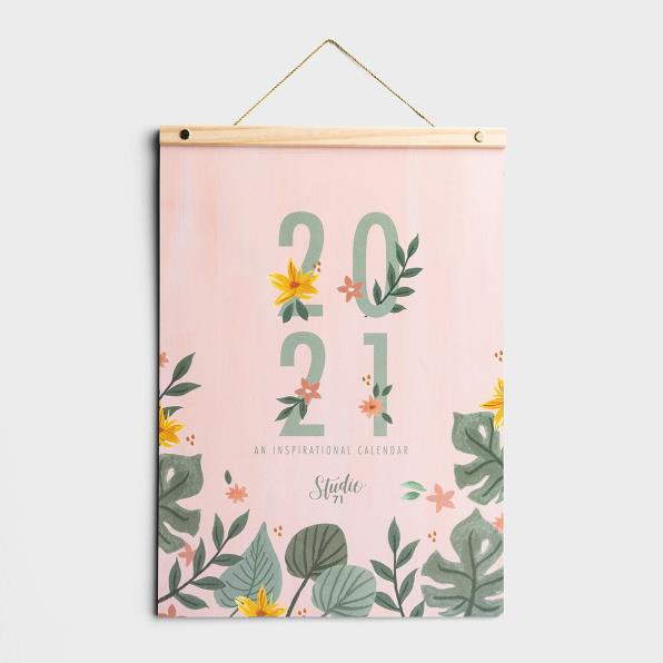 STUDIO 71 - 2021 WOOD STRIP WALL CALENDAR